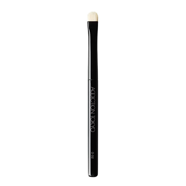 THE EYESHADOW BRUSH D 02